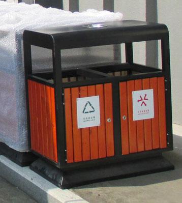 社区户外钢木分类垃圾桶-欣方圳钢木垃圾桶厂家