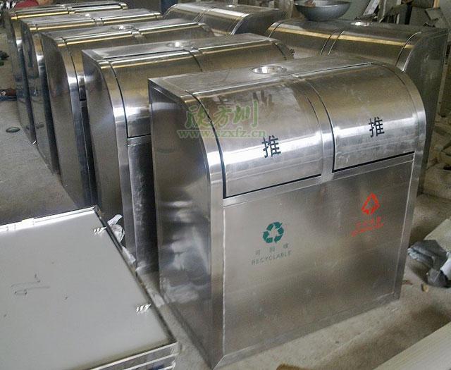 不锈钢分类环保垃圾桶工厂成品图