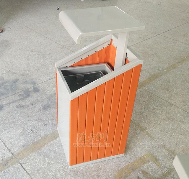 户外单桶钢木垃圾桶款式新颖陕西汉中园林定制
