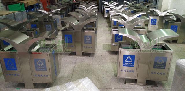 深圳龙岗城管局展翅不锈钢分类垃圾桶批量生产图