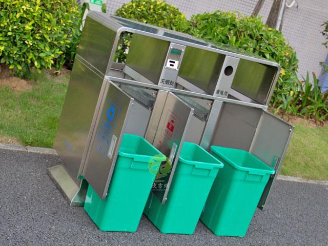 广zhou三分类垃圾tong进校园