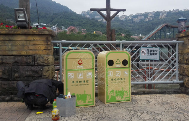 户外钢制垃圾桶厂家哪家好看广西南宁景区