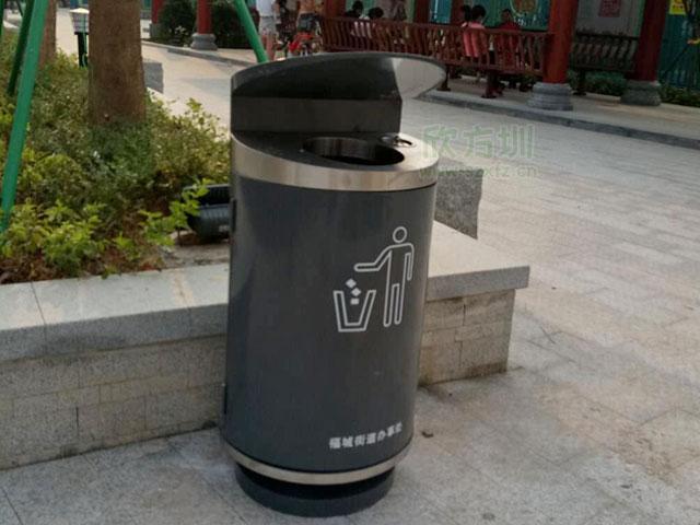 shi政daolu其他la圾shoujirong器-其他la圾桶hu外bai放实景图