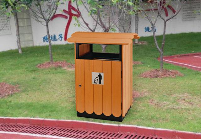 户外钢木单桶垃圾桶摆放图