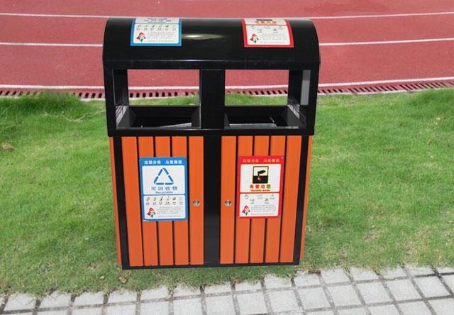 校园户外钢木分类垃圾桶户外摆放效果图