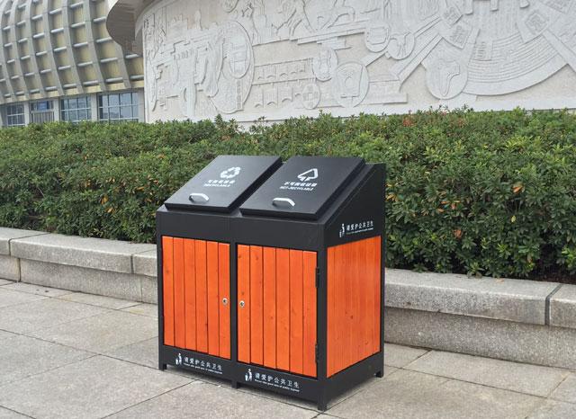 户外广场钢木分类垃圾桶-欣方圳钢木垃圾桶厂家