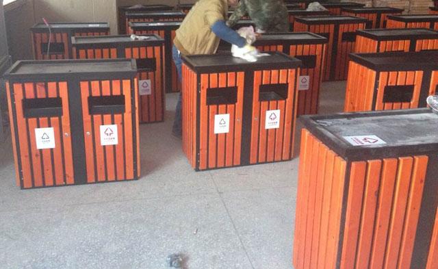 环保钢木分类垃圾桶产品工厂生产图片展示