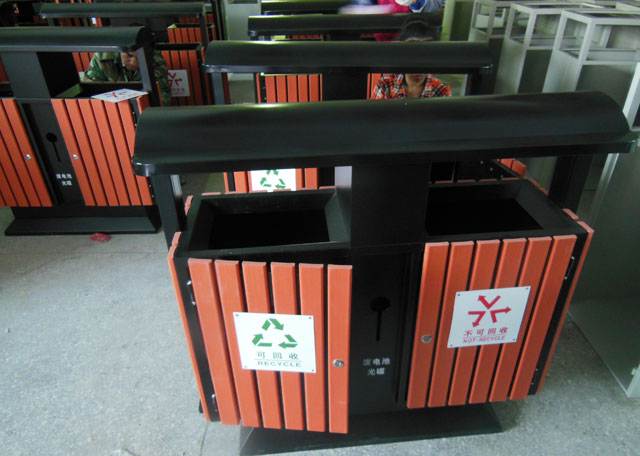 景区钢木分类垃圾桶-欣方圳钢木垃圾桶厂家