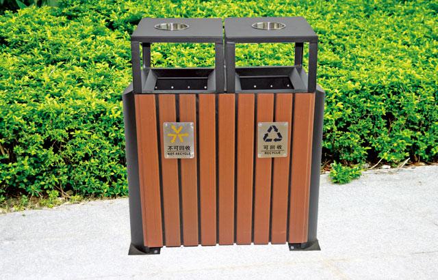 环保钢木分类垃圾桶户外摆放效果图