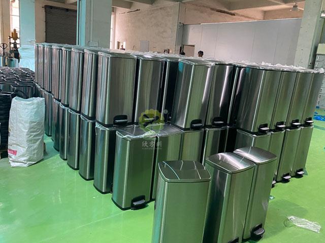 60L室内不锈钢絧anenlei垃圾tong