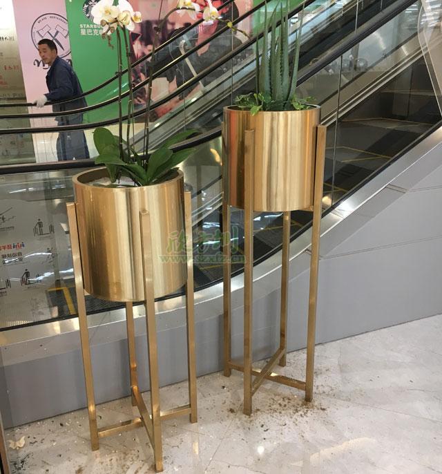 高档组合不锈钢花盆装饰成都中海环宇荟商场