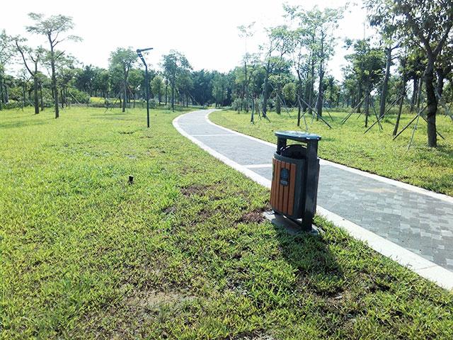 欣方圳钢木垃圾桶与云南茶城共筑和谐环境
