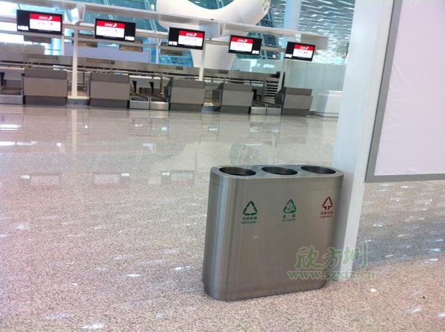 深圳ji场T3航站lou采购三分类不锈钢la圾桶