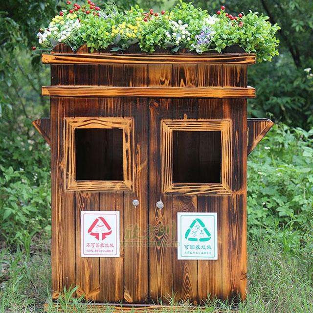 自发捐公园户外垃圾桶体现全民环保意识提升